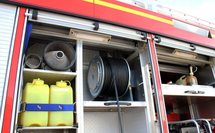 Mobile energy in case of emergency - H&K sponsors a new spring cable reel for resident fire brigade